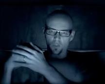 Schiller ft. Thomas D – Die Nacht… Du bist nicht allein